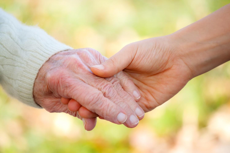 В Якутии организовали реабилитационное сопровождение пожилых и инвалидов из домов-интернатов