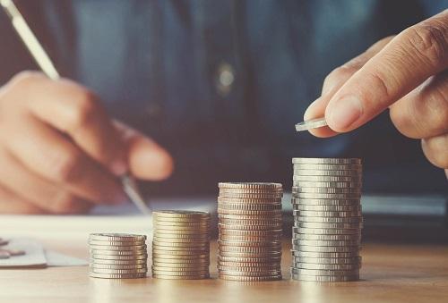 Обязанность работодателя выплачивать заработную плату работникам в установленные сроки