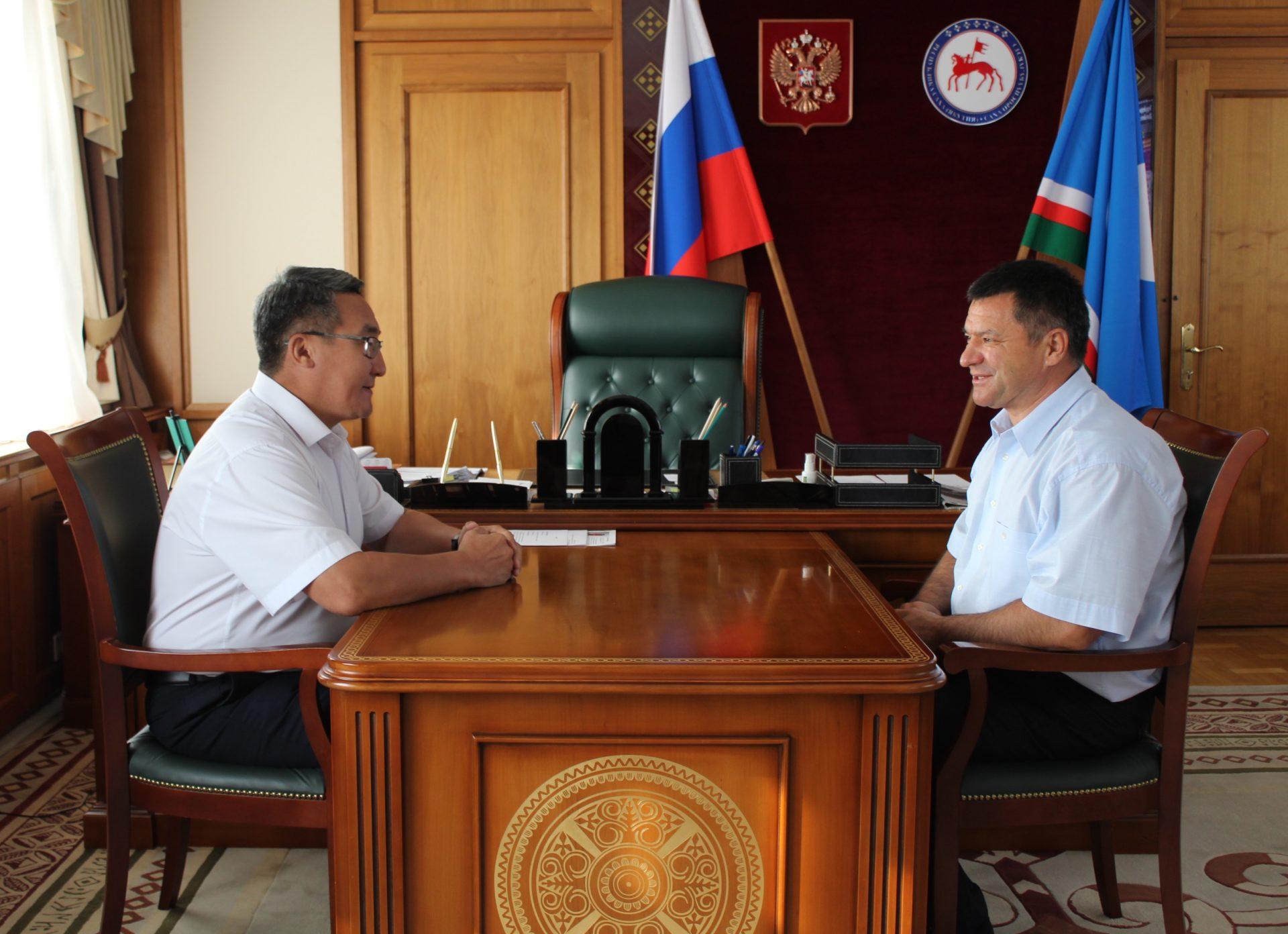 Петр Гоголев провел встречу с и.о. премьер-министра Якутии Андреем Тарасенко