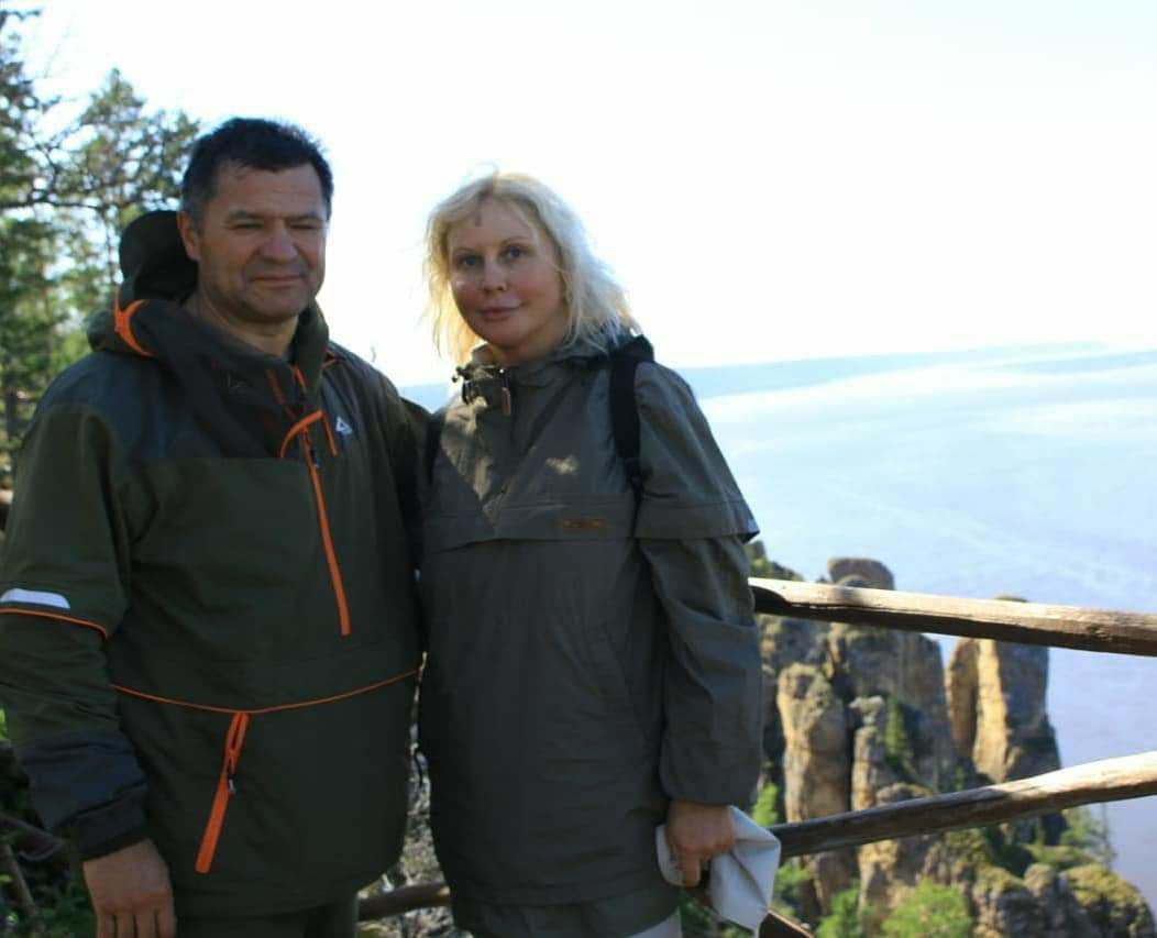 Новый председатель правительства Якутии с супругой