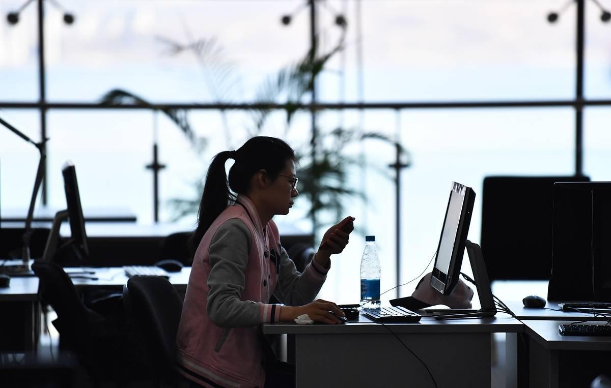 Вузы в регионах будут самостоятельно принимать решение о возврате онлайн-обучения