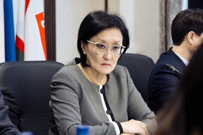 Сардана Авксентьева дала ответ в Инстаграм публикациям в «Известиях» и Рен-ТВ, а также их вероятным заказчикам