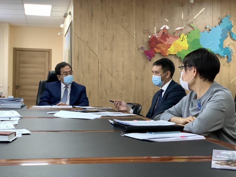 В Якутии создадут сеть экспертов и волонтеров для повышения финансовой грамотности населения