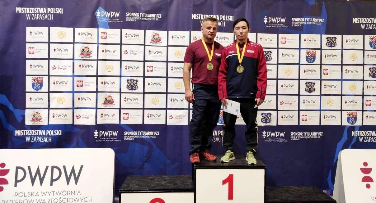 Эдуард Григорьев выиграл чемпионат Польши по вольной борьбе