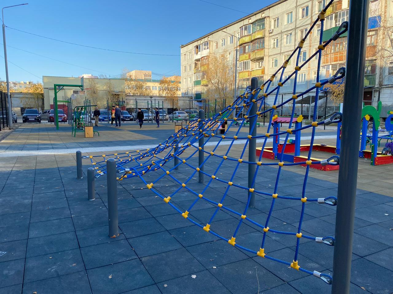 В Якутске завершены плановые работы по ремонту и благоустройству дворовых территорий