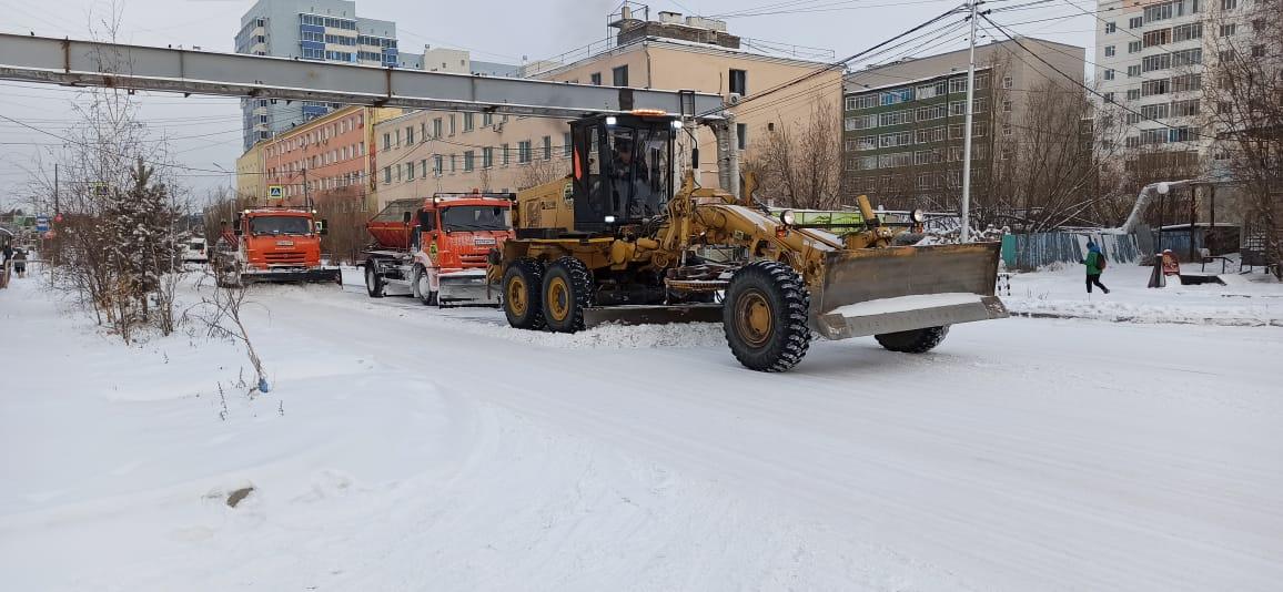С улиц Якутска вывезено более 2600 кубометров снега