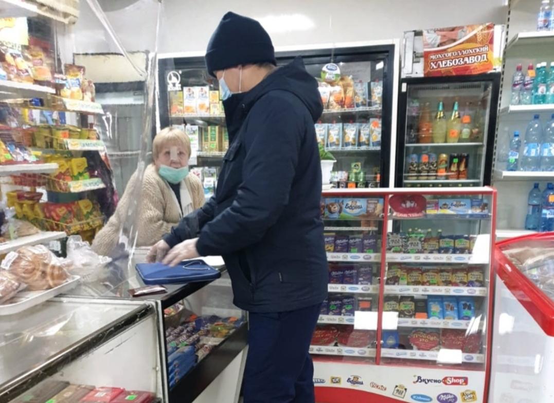 В Якутске на 30 суток приостановлена работа кафе и магазина