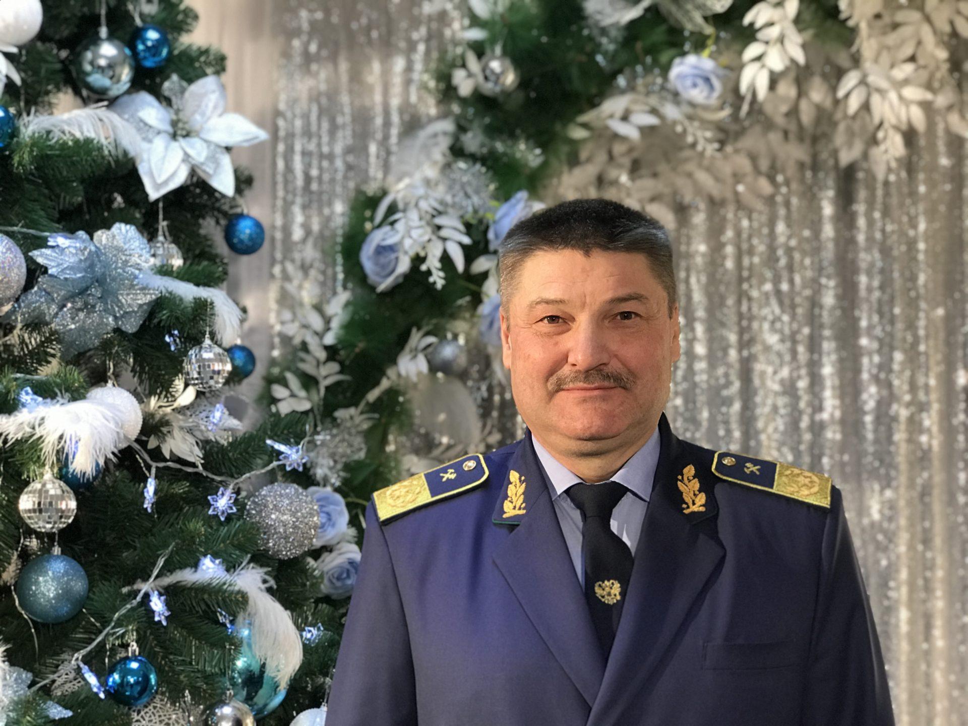 Коллектив Акционерной компании «Железные дороги Якутии» поздравляет с наступающим Новым годом и Рождеством Христовым