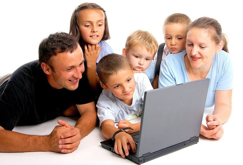 Новая он-лайн услуга от Минтруда присвоение статуса Многодетной семьи Якутии