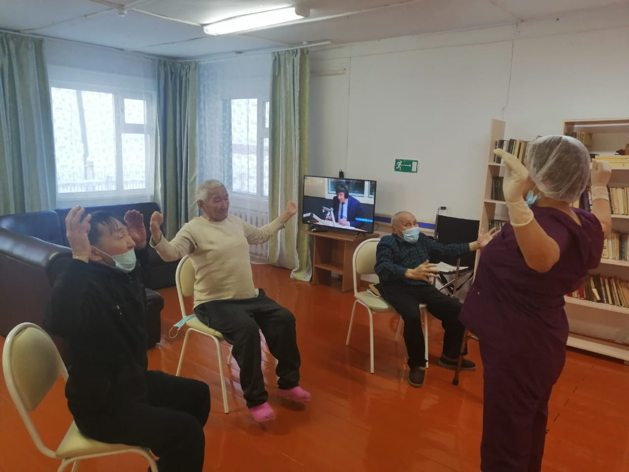 В намской районной больнице организована реабилитационная медпомощь пожилым людям