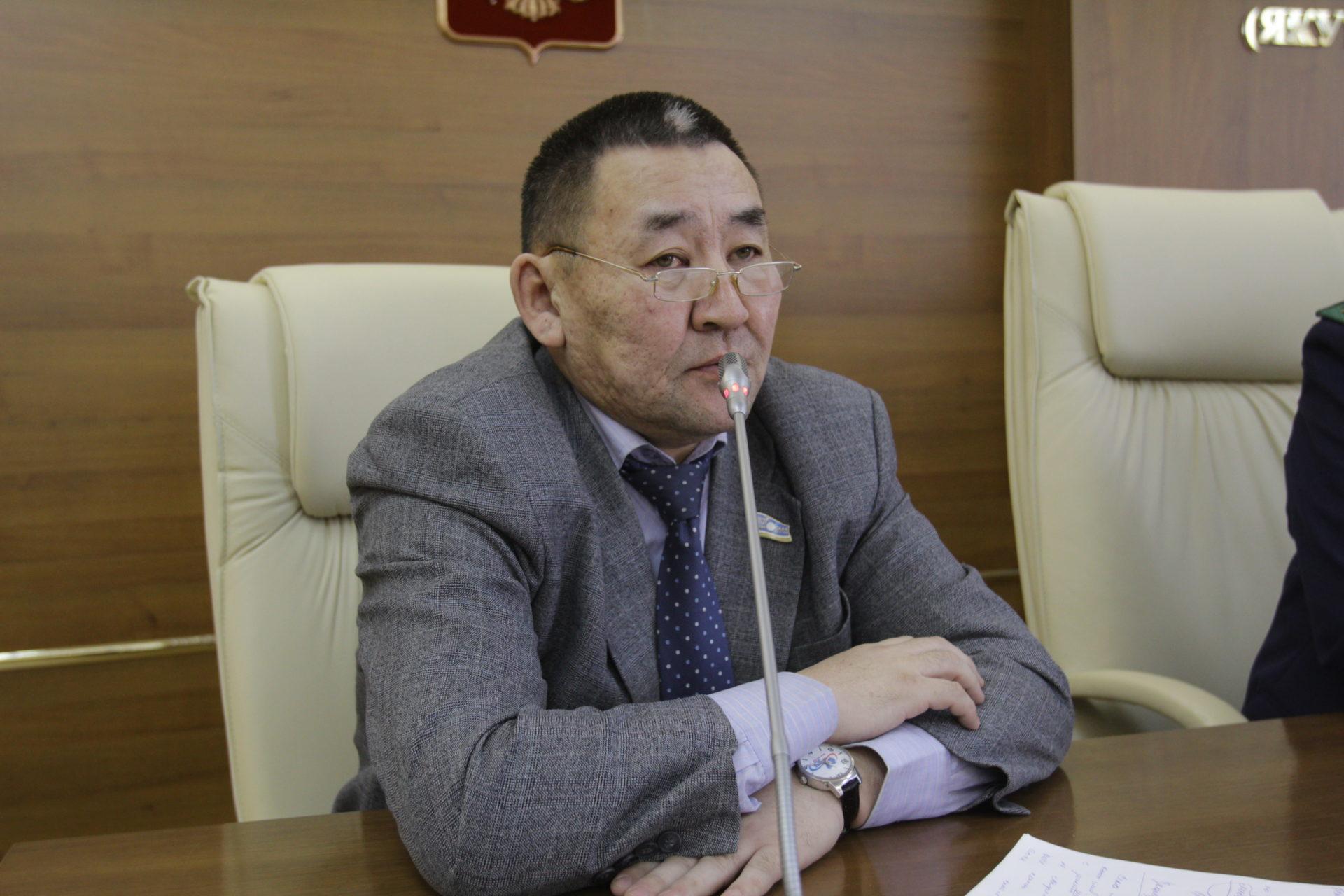 Петр АММОСОВ за отмену прямых выборов в муниципалитетах