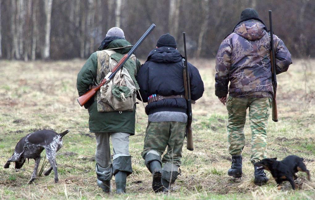 В России могут снять запрет на охоту на сельхозземлях вблизи сел