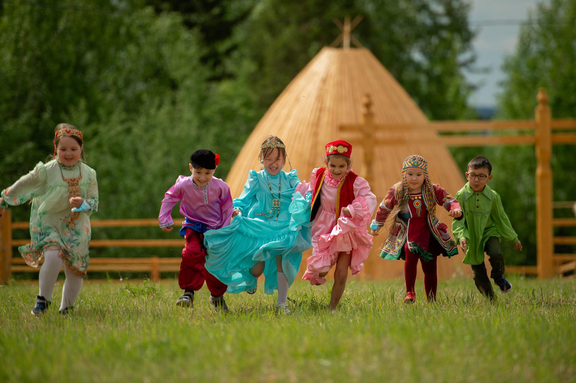 Минтруд Якутии: в 2021 году порядок, размер и условия выплат семьям на детей от 3 до 7 лет будут изменены