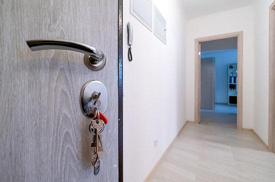 Число квартир, предоставляемых детям-сиротам в одном доме, предложили увеличить