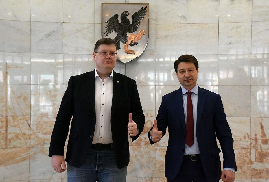 Владимир ФЕДОРОВ сдал документы в ТИК г. Якутска