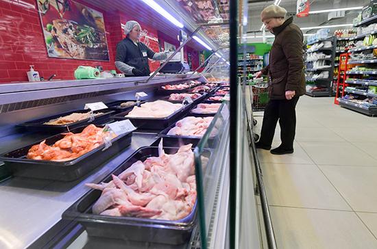 Росстат сообщил о росте цен на куриные мясо и яйца