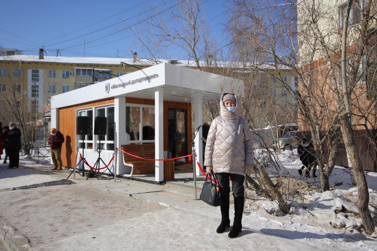 Первые муниципальные автобусные остановки открылись в Якутске