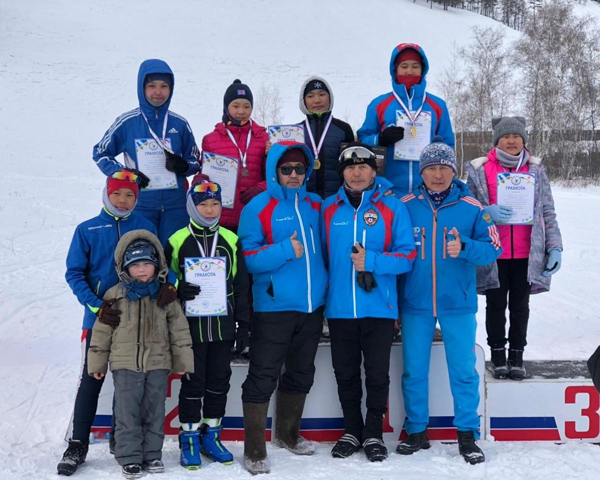 Сборная команда Якутска победила на республиканских соревнованиях по лыжному спорту