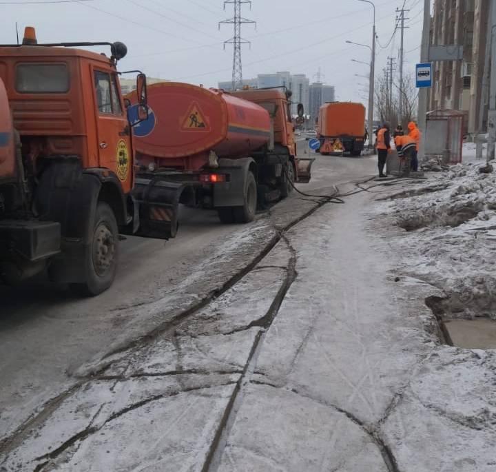В Якутске проводят превентивные противопаводковые мероприятия