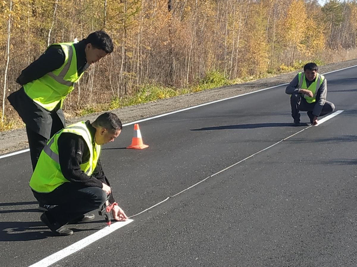 В Якутии контроль качества дорожных работ производится на всех уровнях