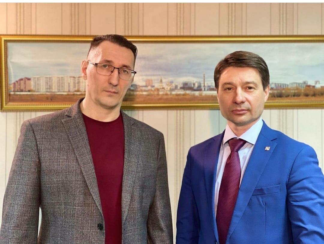 Владимир ФЕДОРОВ заявил, что снимается с выборов в пользу Виталия ОБЕДИНА