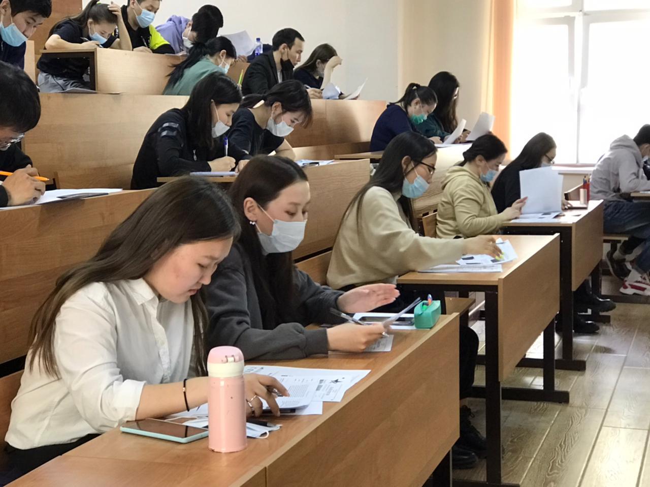 Студенты и сотрудники АГАТУ написали диктант Победы 2021