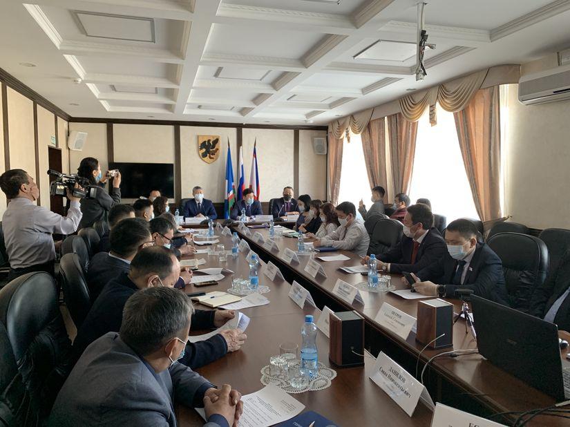 Встреча с делегацией Горного улуса