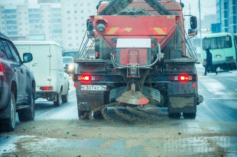 В Якутске усилены меры предосторожности для общественного транспорта в условиях гололеда
