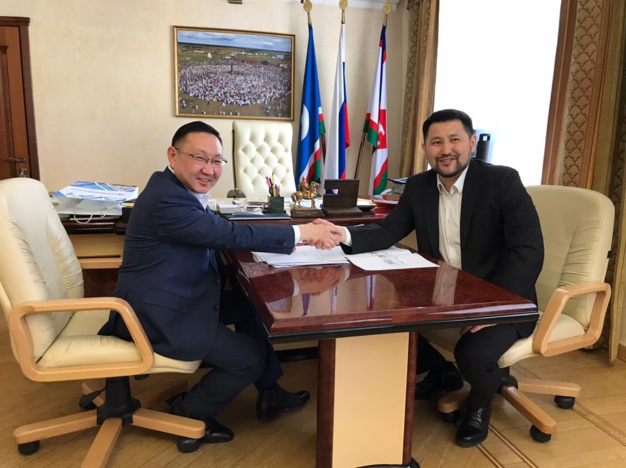 Гендиректор АО «Сахатранснефтегаз» встретился с Евгением Григорьевым
