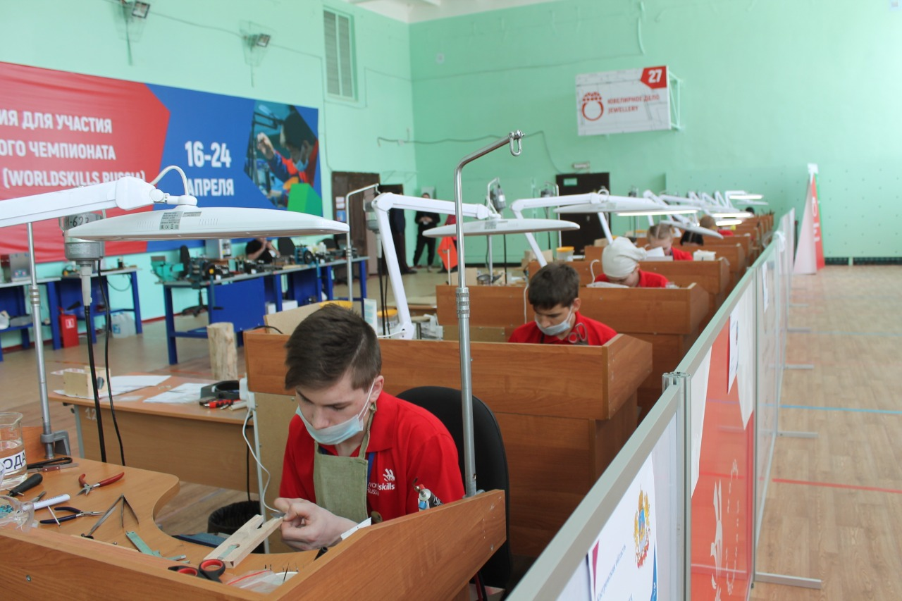 СВЕТЛАНА ПОПКОВА, менеджер компетенции: «Быть участником чемпионата России – это уже победа»