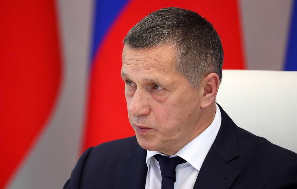 Трутнев дал поручение Минтрансу РФ решить за неделю вопрос субсидирования авиабилетов для Якутии