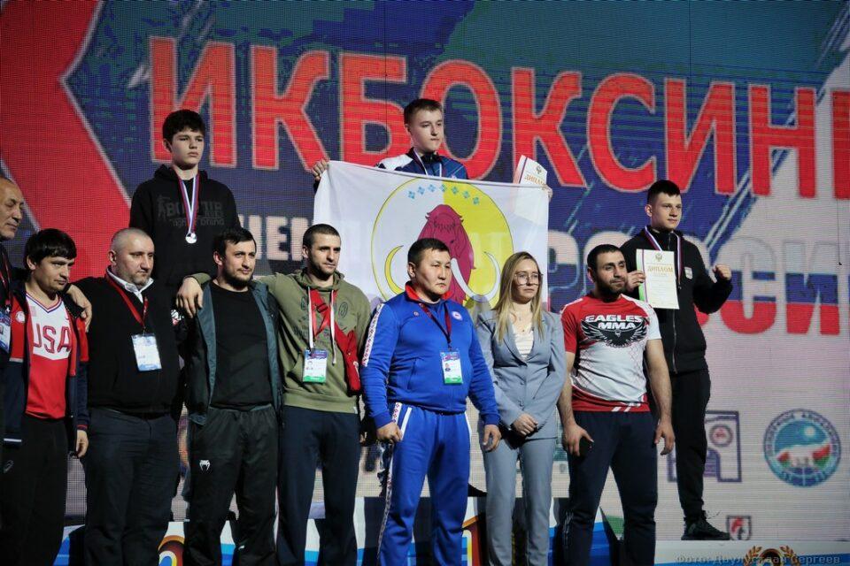 На счету юношеских сборных Якутии десять медалей первенства России по кикбоксингу