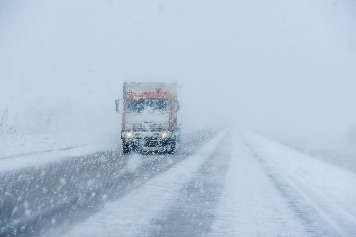 Управтодор Якутии запретило движение транспорта по дорогам «Сангар» и «Кобяй» ТРАНСПОРТ