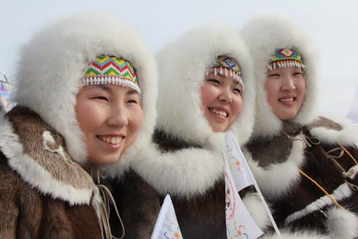 Кабмин утвердил программу господдержки малочисленных народов Арктики