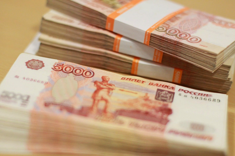 Госдума поддержала закон об изъятии коррупционных денег