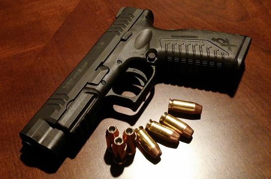 Возраст владения оружием в России предложили повысить