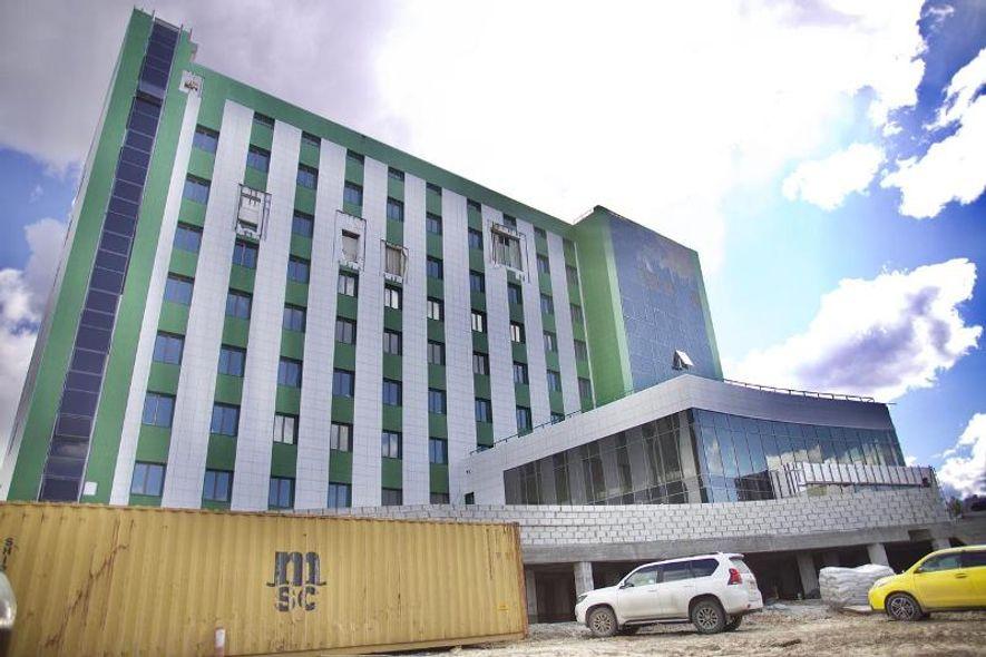 Строительство Онкологического диспансера в Якутске ведется с опережением графика