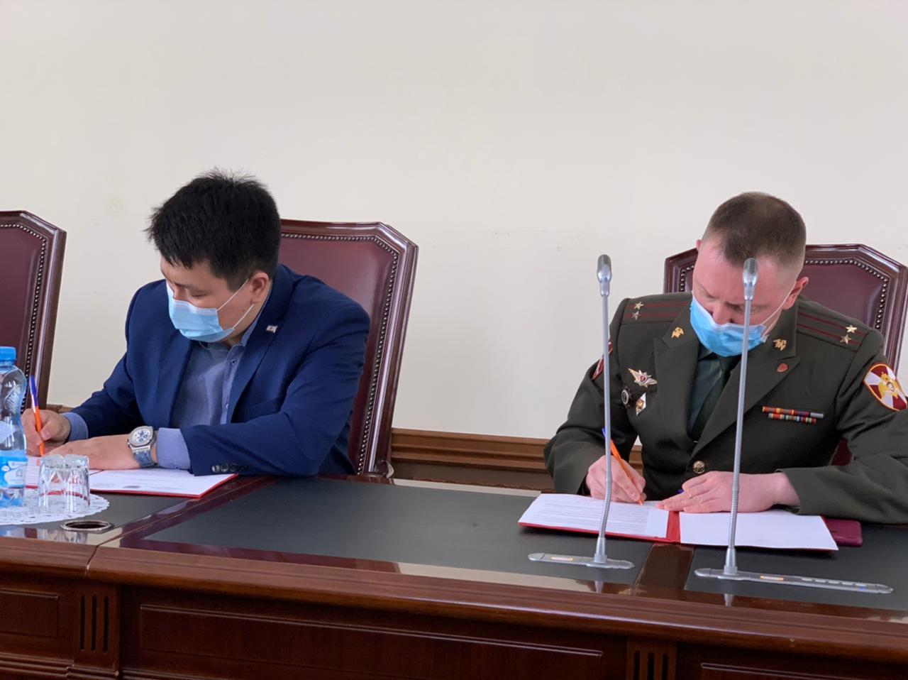 Комиссия Молодежной палаты при Гордуме и Росгвардия подписали Соглашение о сотрудничестве