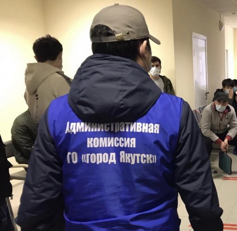 Оперштаб г. Якутска по противодействию коронавирусной инфекции продолжает рейды по точкам общественного питания и торговым объектам