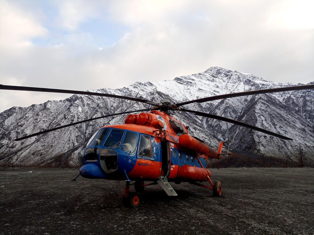 «Полярные авиалинии» приглашают абитуриентов бесплатно выучиться на пилотов вертолета