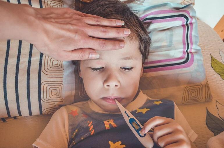 Размер больничного по уходу за ребёнком увеличится с 1 сентября