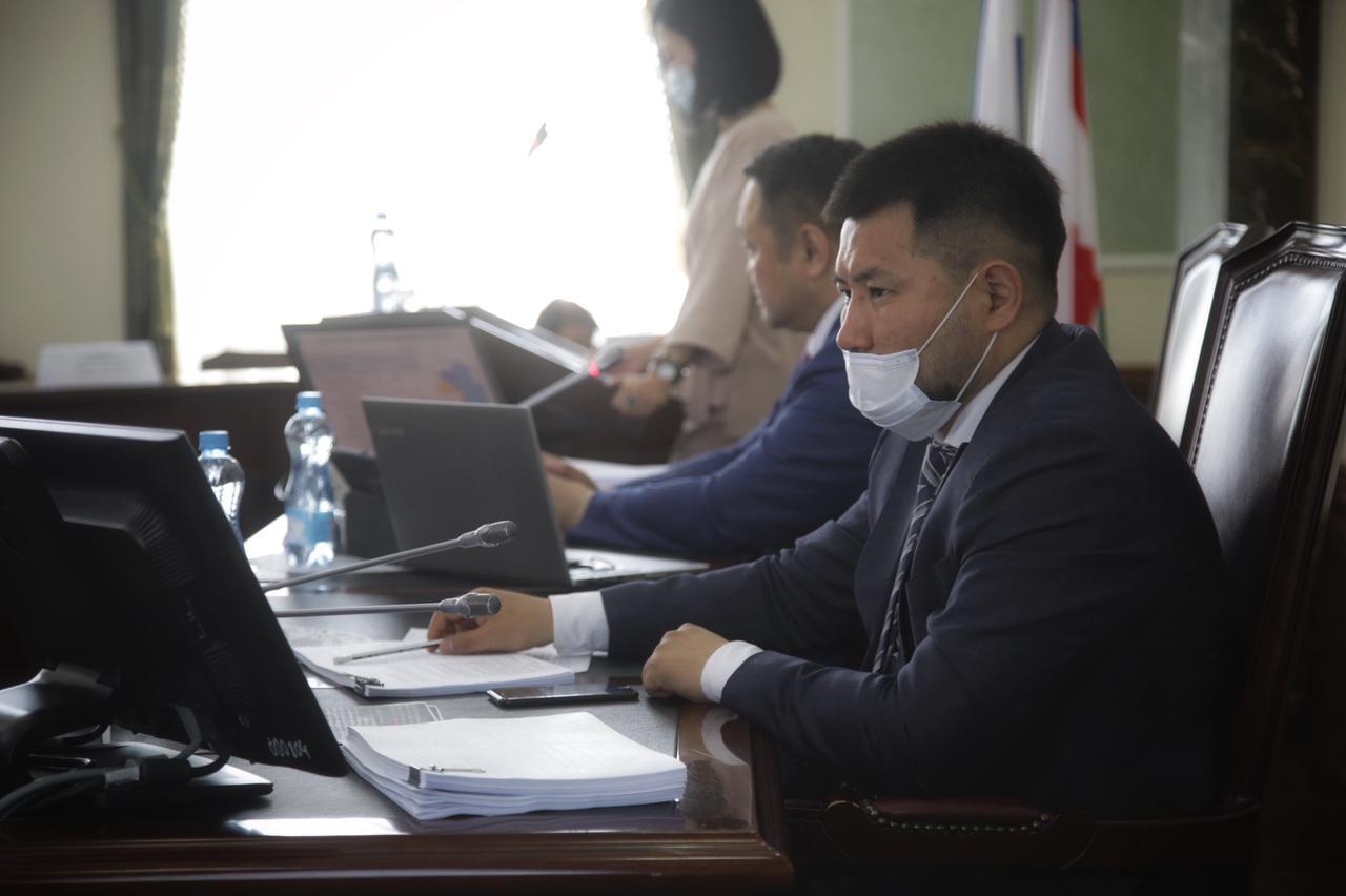 В Якутске состоялась 29-я очередная сессия городской Думы