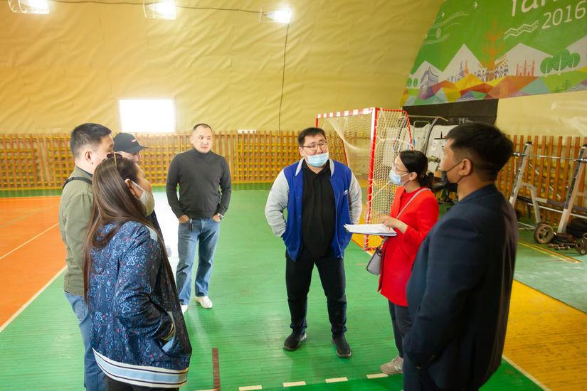 Постоянная комиссия Гордумы посетила детско-юношеские спортивные школы