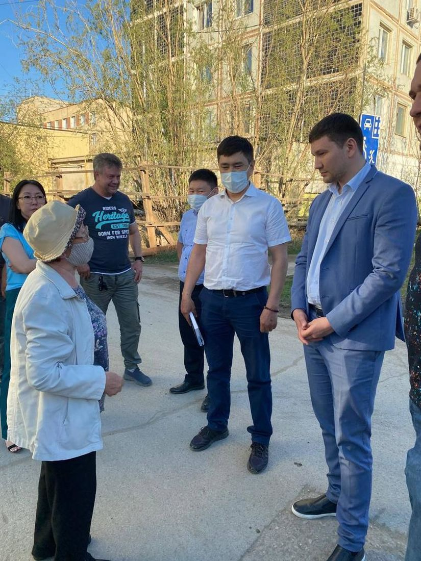 Депутат Гордумы встретился с жителями Строительного округа