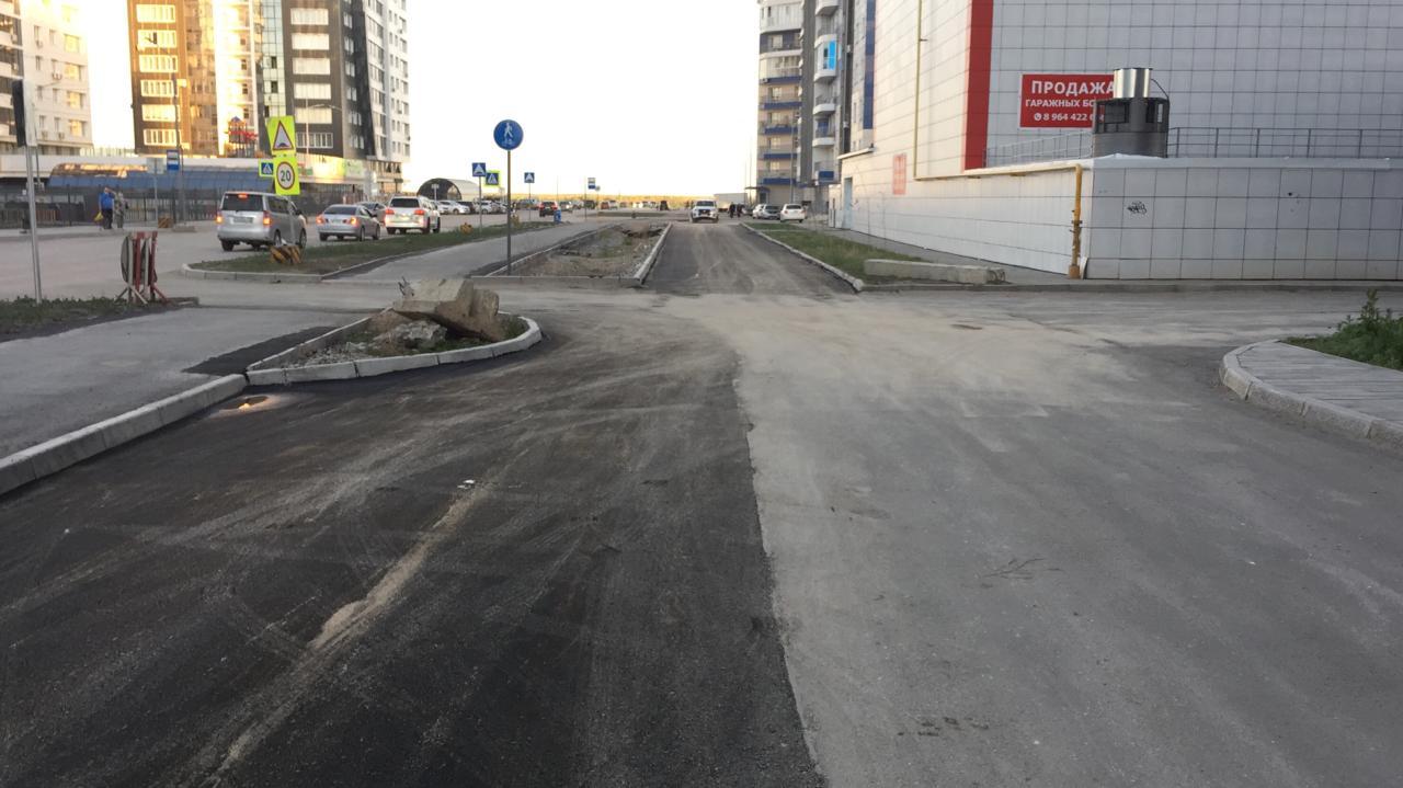 Подрядчики выполняют гарантийные обязательства по ремонту дорог Якутска