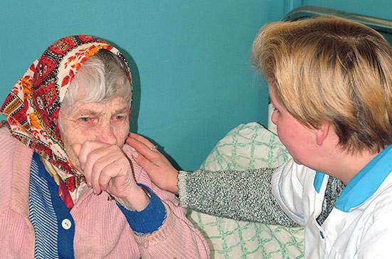 В Якутии заработает система долговременного ухода за пожилыми людьми и инвалидами