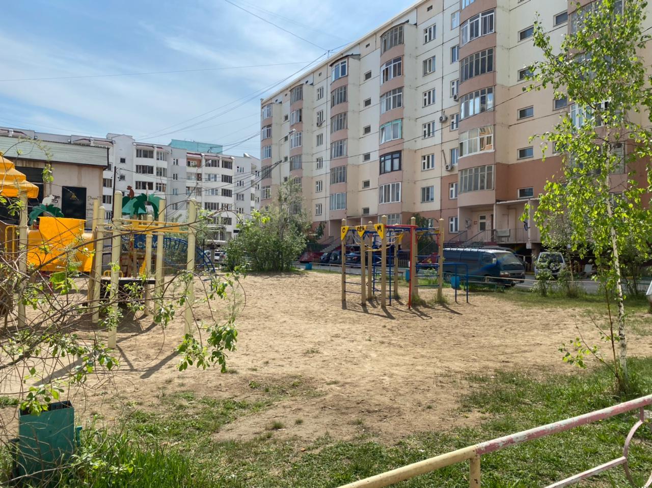 Благоустройство дворовых территорий начато в трех округах Якутска