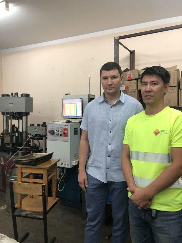 Качество дорог в Якутске проверяют в лаборатории