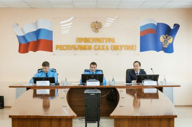 ДЕМЕШИН второй раз объявил прокурорское предостережение министру экологии Якутии
