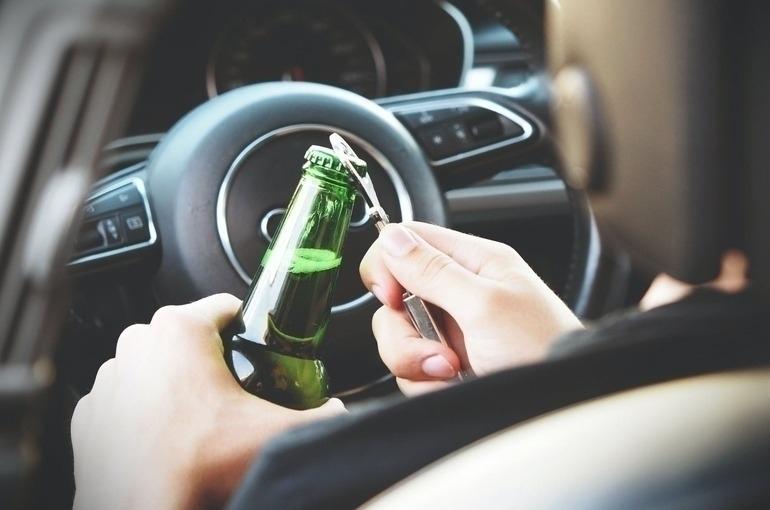 За повторное «пьяное вождение» накажут строже